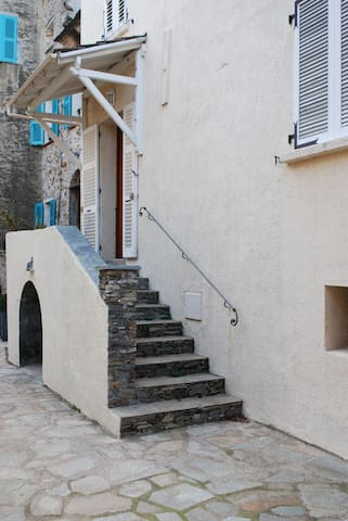 Maison en plein cœur du village - Olmeta-di-Tuda - Huis
