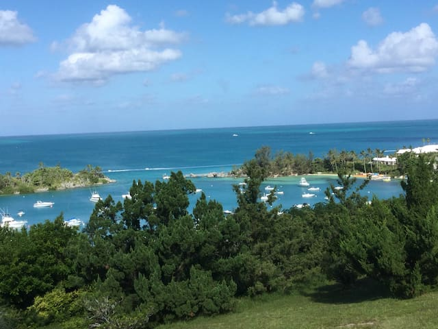 Little Palms - Charming one bedroom - Sandys