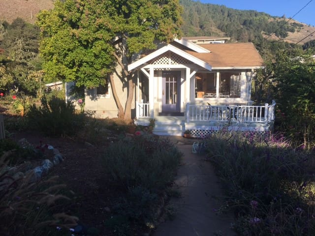 Lovely, bright and comfortable apartment - Stinson Beach
