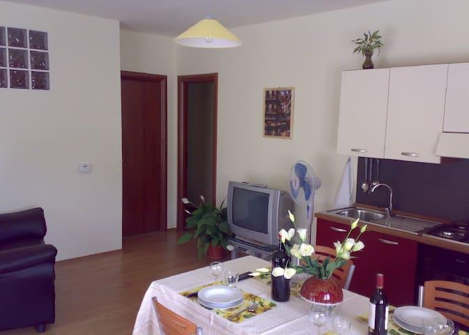 Appartamento con giardino - Apartment with garden - Sant'Eusanio del Sangro