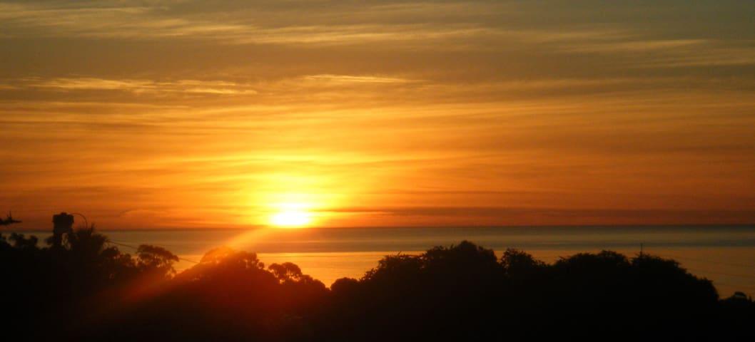 WOW Views, Near to Flinders & Beach - Seacombe Heights - Leilighet