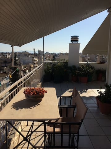 Room & view for practical travelers - Kallithea - Pis