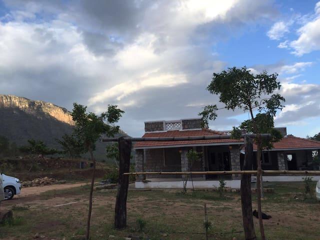 Eco Vydhegi Hill view bungalow,Cbe - Booluvampatti - 平房