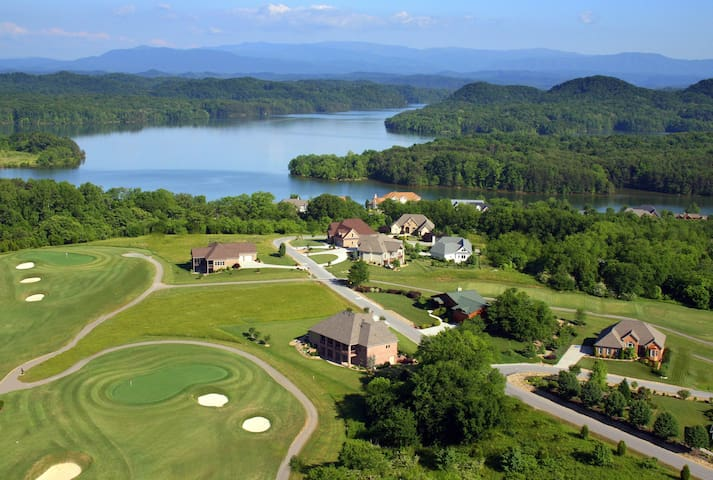 Tail of the Dragon Smoky Mtn Golf & Lake ManCave - Vonore - Casa