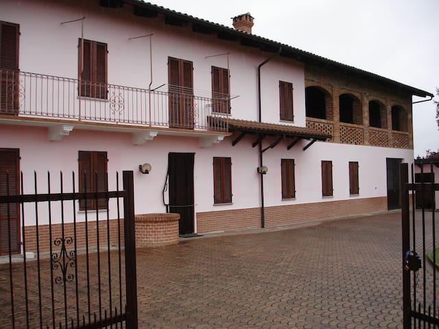CASCINA ETTORE - Cortazzone - Huis