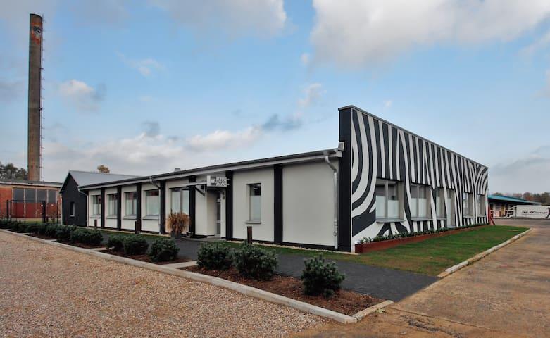 Modernes Motel -super gelegen- zw. Ostsee & Wismar - Grevesmühlen