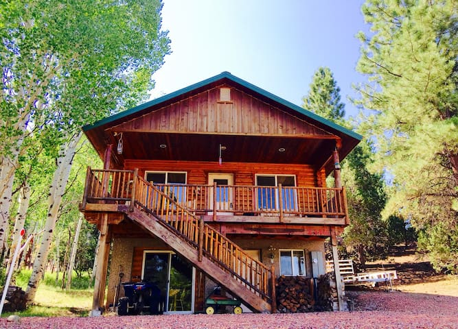 "R&R ""Rexford's Retreat"" Sharing our cabin with You - Alton - Cabaña"