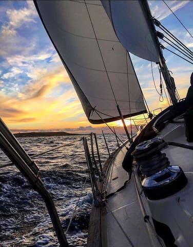 Super Cool Sailing Boat In Gozo :) - Mgarr