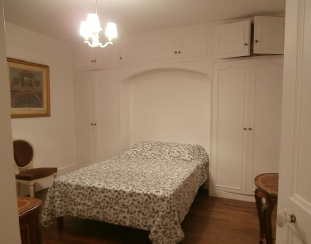 Appartement meublé 2 pièces,  Plescop - Plescop - Lägenhet