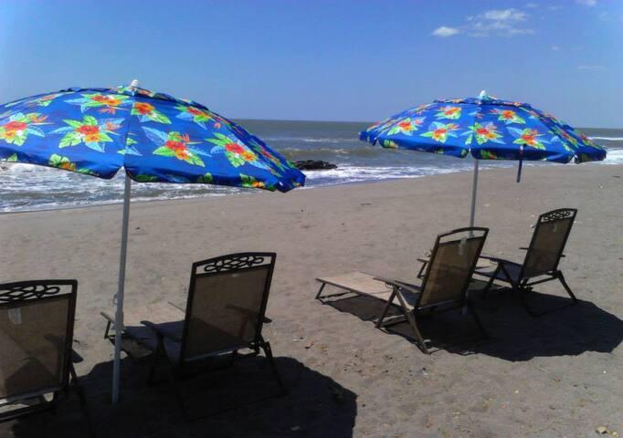 Beachfront property - Casares - Huvila