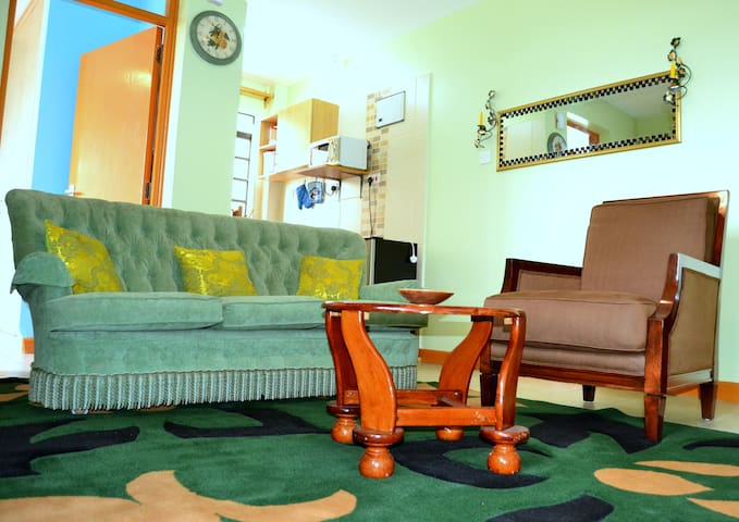 Cozy home @ Loneview Apartments 10mins from JKIA - Nairobi - Apartamento
