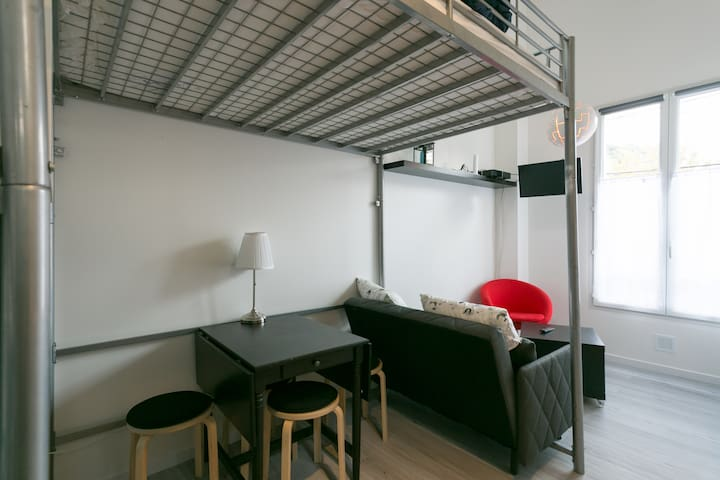 Sunny Peaceful Whole Flat w Parking - Meudon - Apartment