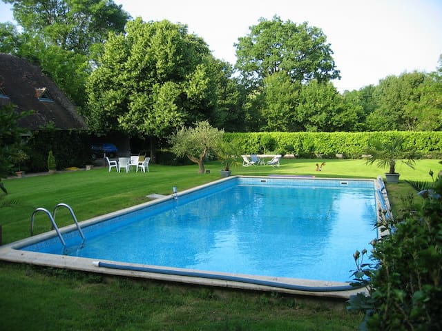 House with pool access - Saint Branchs - Ev