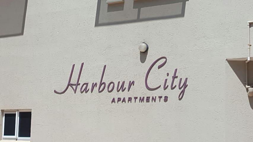 King Size Bedroom in Darwin City w/. Breaky incl. - Darwin City - Departamento