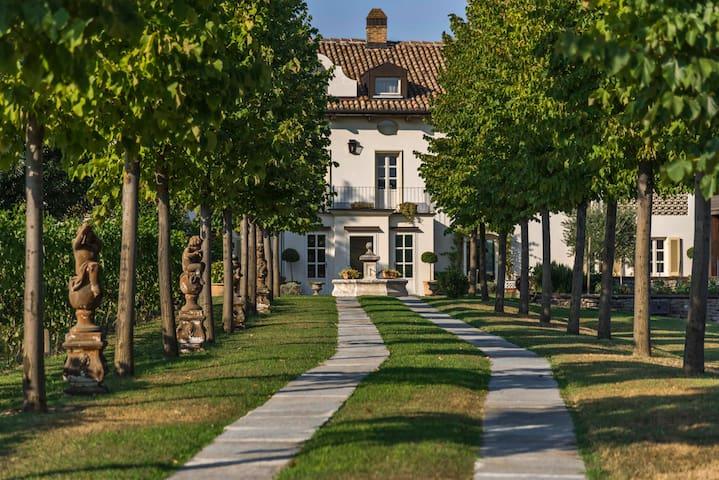 Villa San Marzano - San Marzano Oliveto - Villa