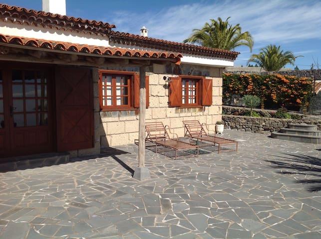 Naturaleza y tranquilidad - Granadilla de Abona - Huis
