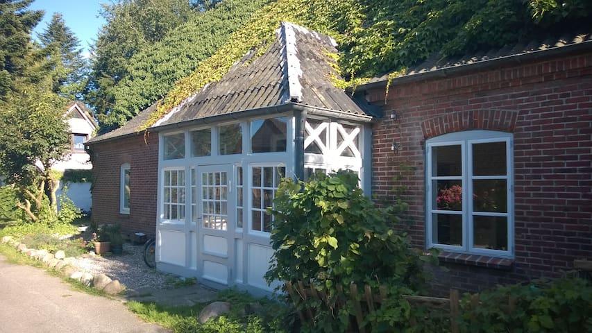 Romantic House, See- und Ostseenähe - Selent - Hus