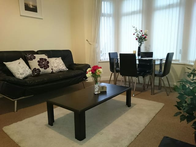 Barry Island Apartment, Nr Cardiff - Barry - Appartement
