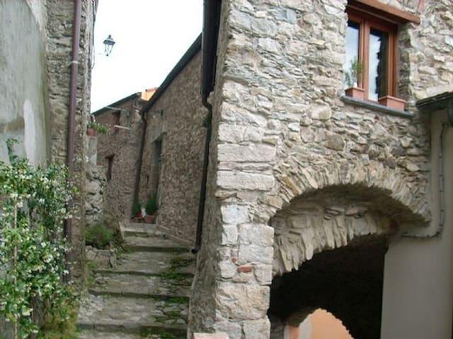 CASA UMBERTINA - Vezzano Ligure - Casa