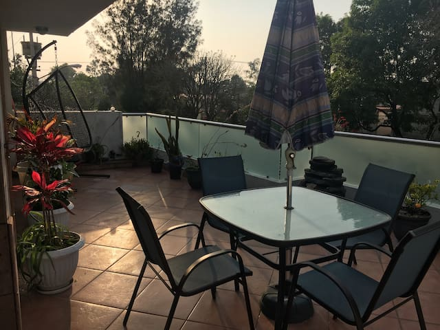 2nd Floor Apartment w sunny terrace - 墨西哥城 - 公寓