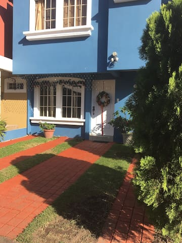Habitación en Residencial Privado - San Salvador - Huis
