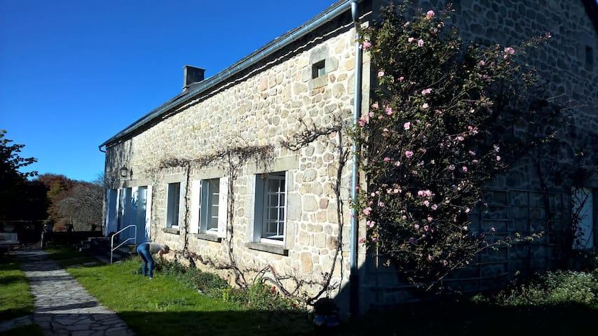 Maison de campagne - Sarroux - Huis