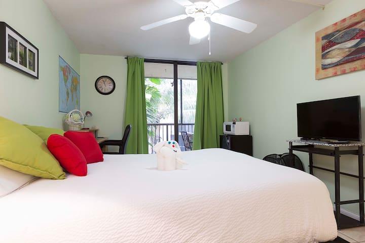 Cozy/ample room in Miami, FL - Miami - Appartement en résidence