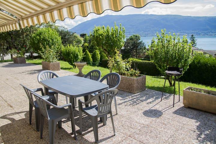 VEYRIER DU LAC - T3/villa superbe vue lac d'Annecy - Veyrier-du-Lac - Hus