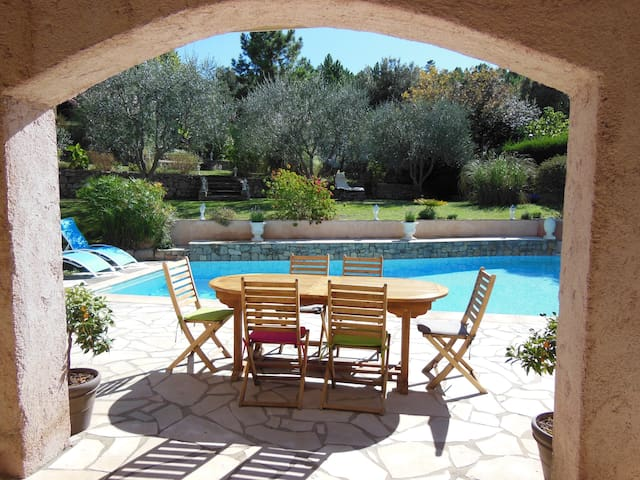 Charming B&B on the French Riviera - Le Tignet - Bed & Breakfast
