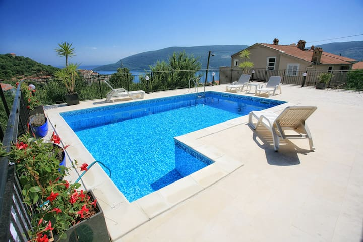 villa22 room for two - Herceg Novi