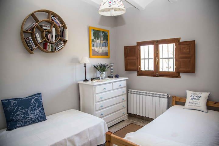 Bonita Habitación con vistas Doble +1 - Camarles - Villa