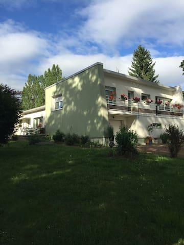Maison Canadienne chaleureuse - Saint-Avold - Pousada