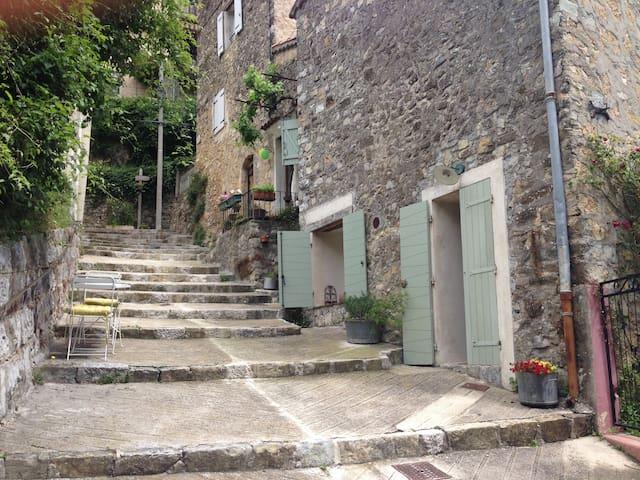 Maison 2 pièces au calme - Conségudes - Rumah