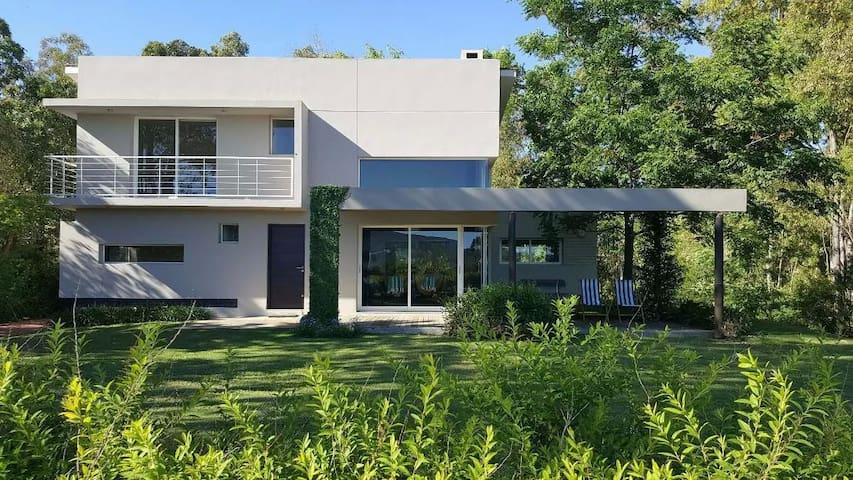 Vacation House In Bella Vista - Bella Vista - Hus