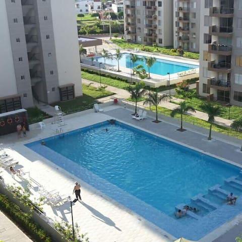 Exclusivo Apartamento en Hacienda Peñalisa - Girardot - Apartament