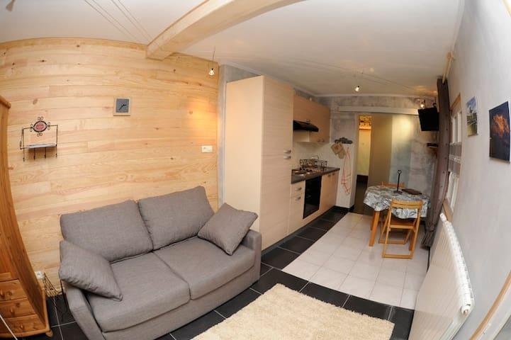 Studio dans maisonnette - Annecy - Haus