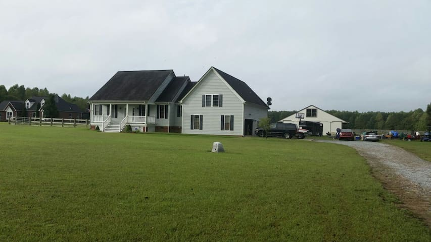Special! Peaceful Country Getaway! - Suffolk - Дом