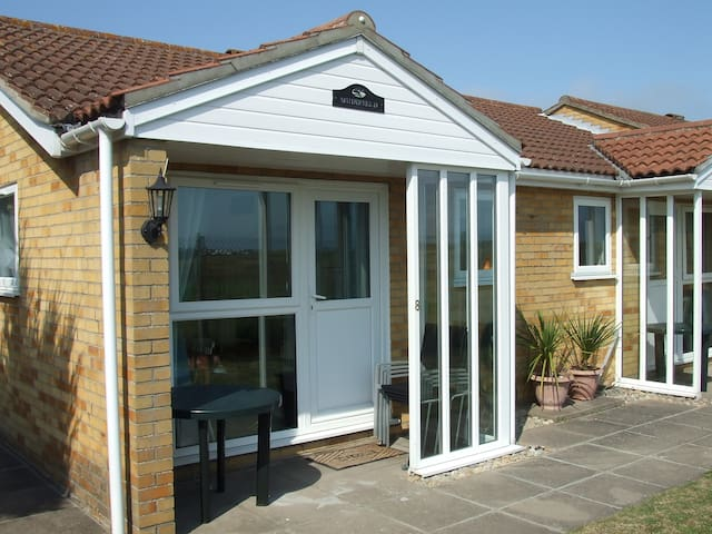 Sand Dune Holiday Cottages - Caister-on-Sea - Chalet