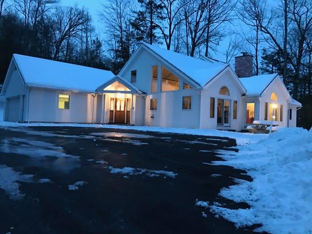 Luxury Woodstock Retreat (Families/Groups/Couples) - Woodstock - Maison