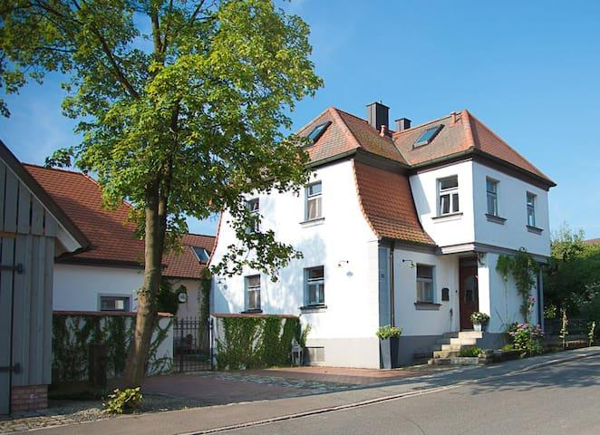 Gästehaus Kunstwerkstatt Kohlberg - Kohlberg - Maison