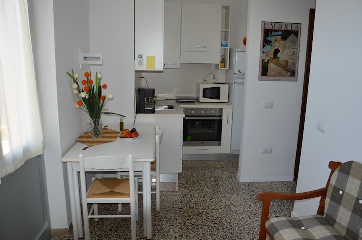 Bilocale Montecastrilli(TR), Umbria - Montecastrilli - Lägenhet