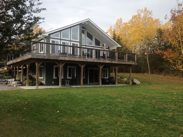 Country Retreat - Quinte West