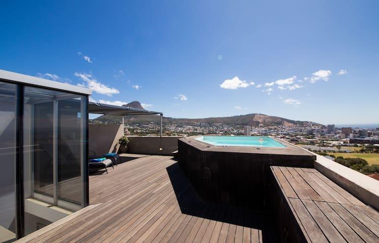 Prime 3 Storey Cape Town Penthouse - Cape Town - Daire