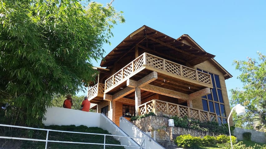 Villa de montaña con piscina y rios - Inoa - Cabin