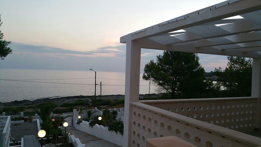 Villa Satyria 1 (Panorama) - Pulsano - Bed & Breakfast