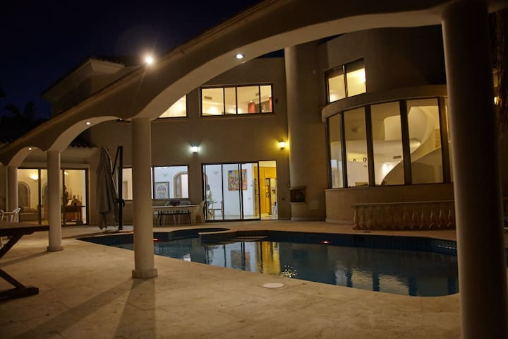 Private Luxury Retreat for Large Groups - Ra'anana - Casa