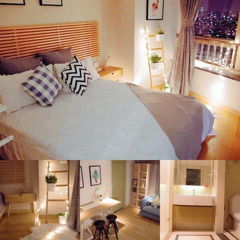 【240°纵享阳光套间】高档精装酒店式公寓,楼下商场地铁 - Xangai - Flat