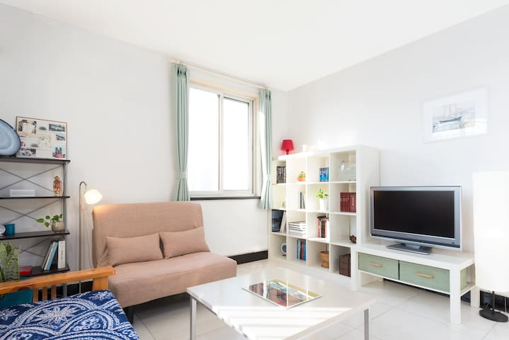 Sunny apartment north of Olympic Green - Peking