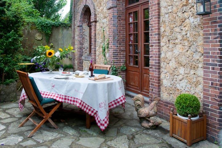 Sweet country home in Normandy - Verneuil-sur-Avre - Hus