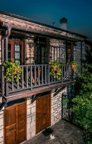 Traditional Manor House with magical sea view - Kallirachi